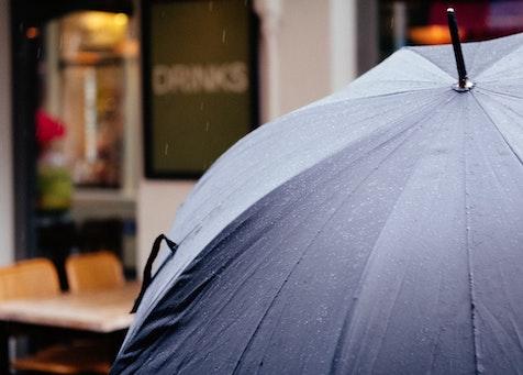 a black umbrella to represent an Ohio umbrella insurance policy